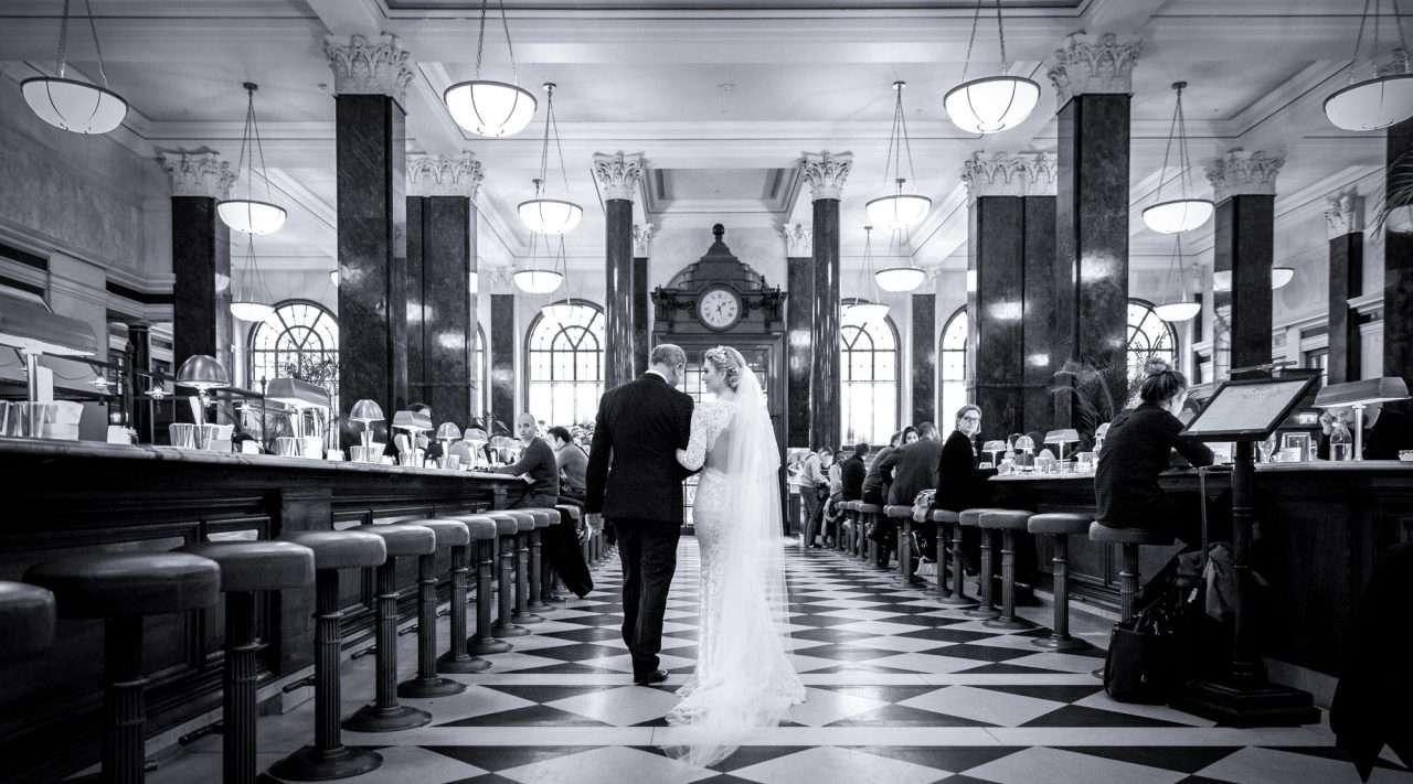 Gibson-Hall-Wedding-Photography-Chris-Woodman-Photography-38