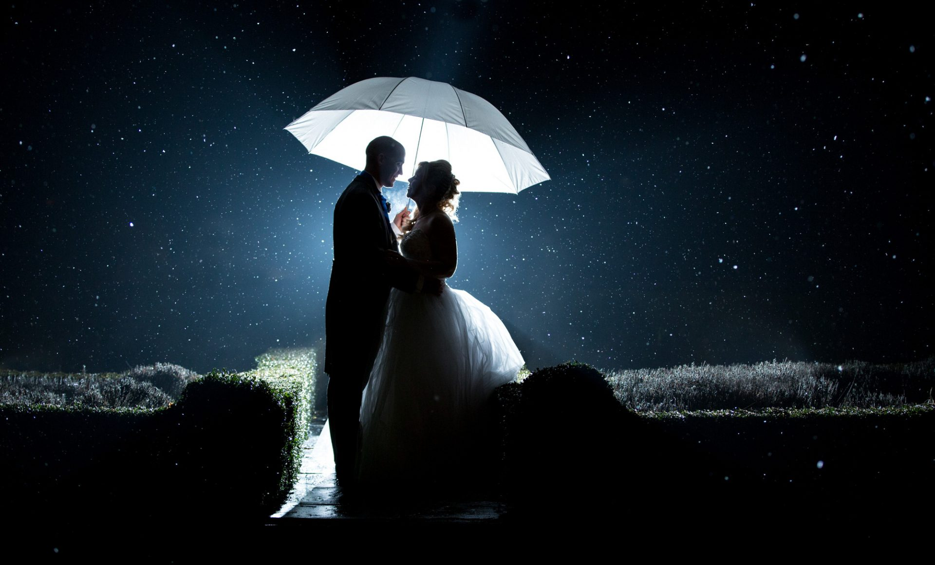 Woodlands-Park-wedding-photography-Chris-woodman-photography-01