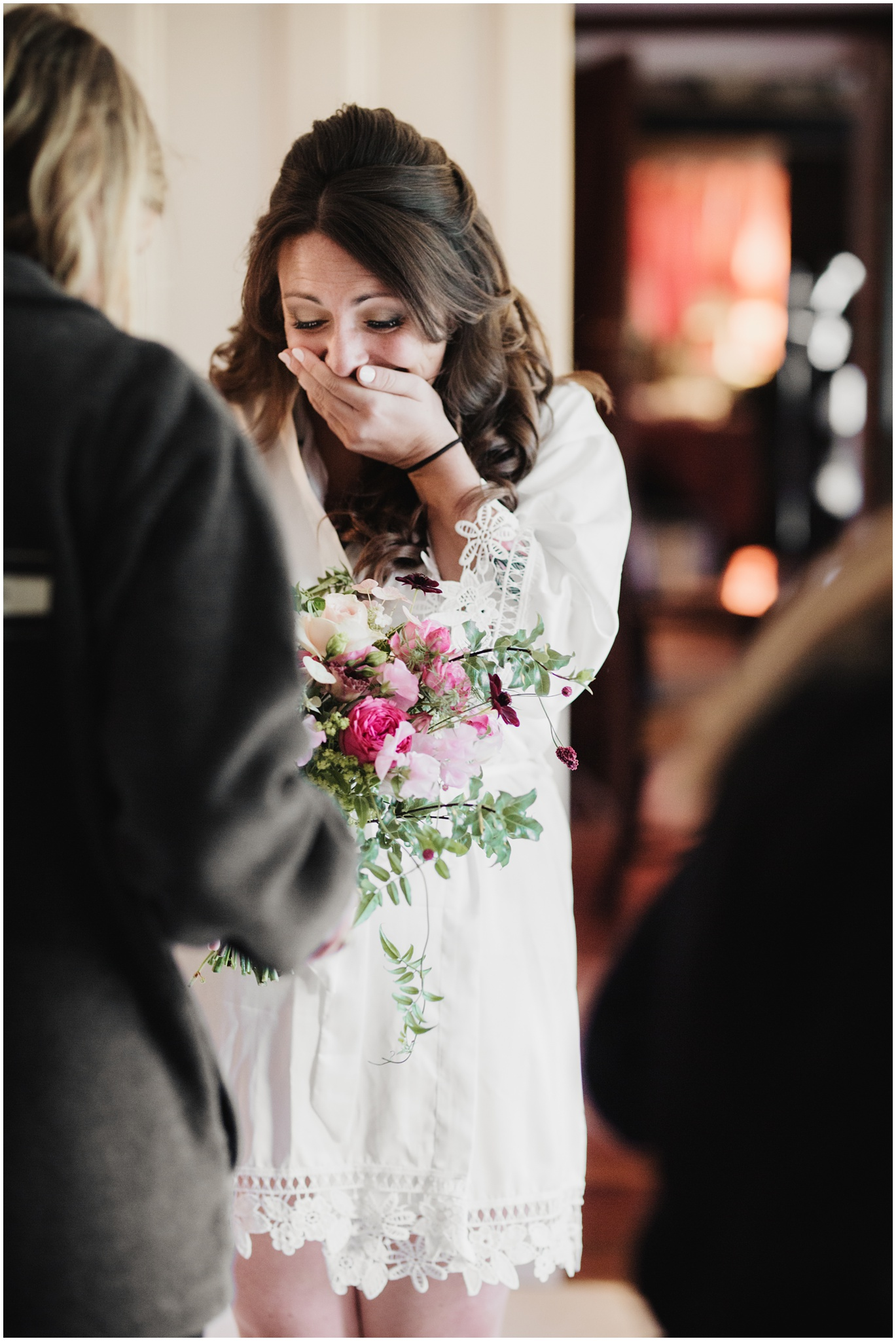 Brides reaction to seeing her flowers