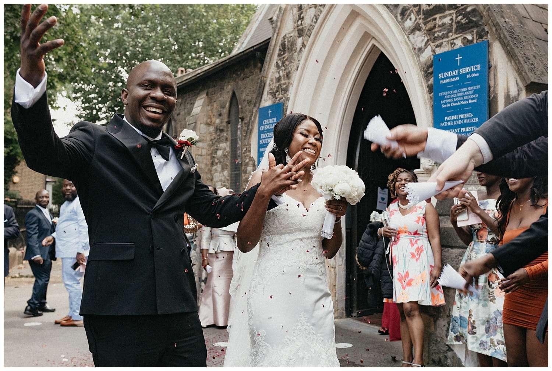 London Wedding Photographer - the confetti shot