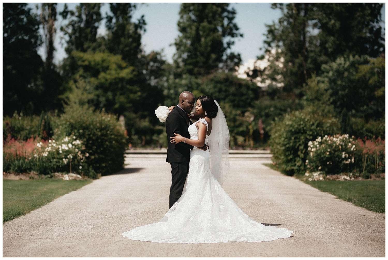 London Wedding Photographer - Regents park with the couple