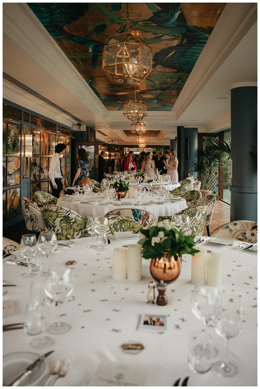 The reception room 2